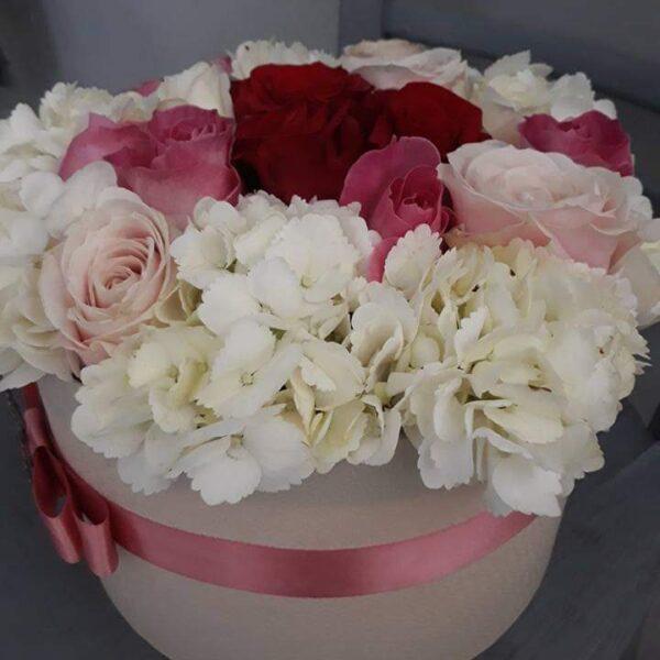 Bijeli flower box