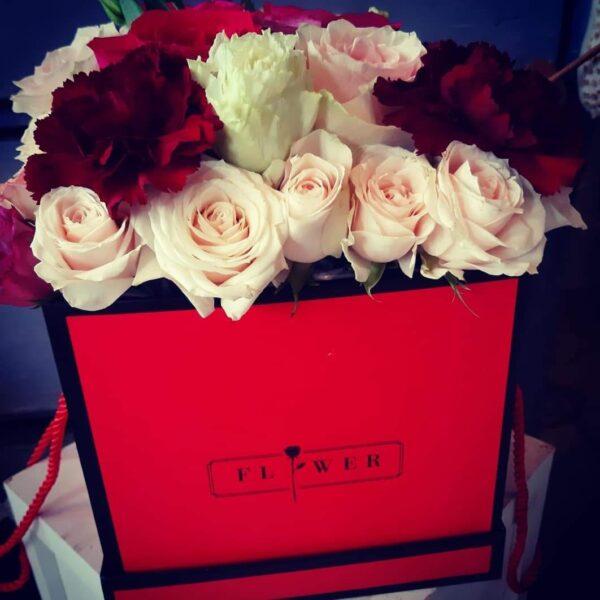 Crveni flower box